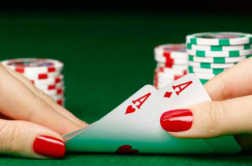 Стрип покер на раздевание